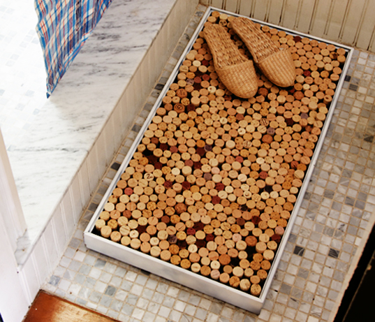 DIY Make Your Own Shower Mat Out Of Recycled Wine Corks