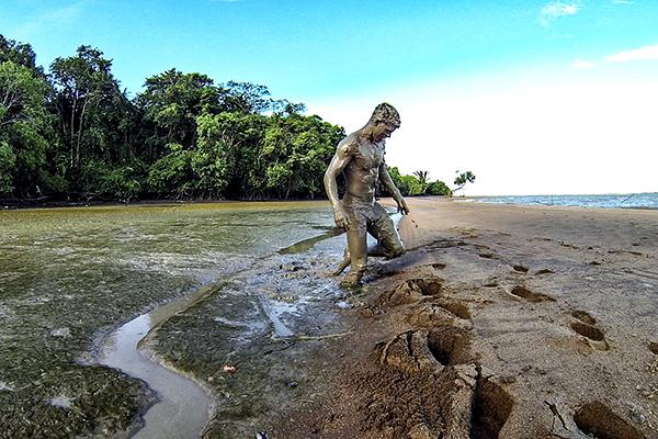 Eric_Hill_Suriname_0012_CBK