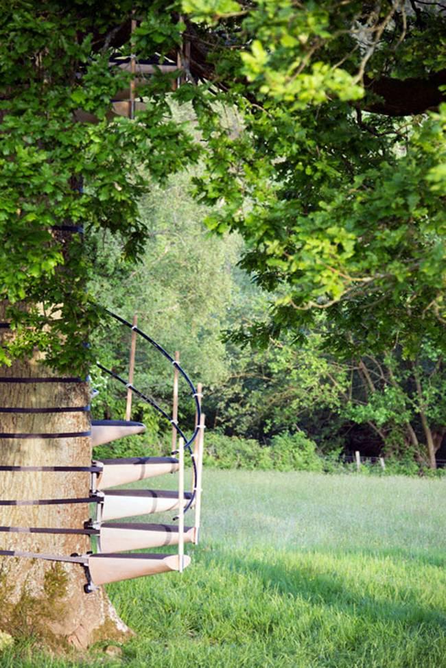 Canopy Stair Thor Ter Kulve Robert Mcintyre 4.