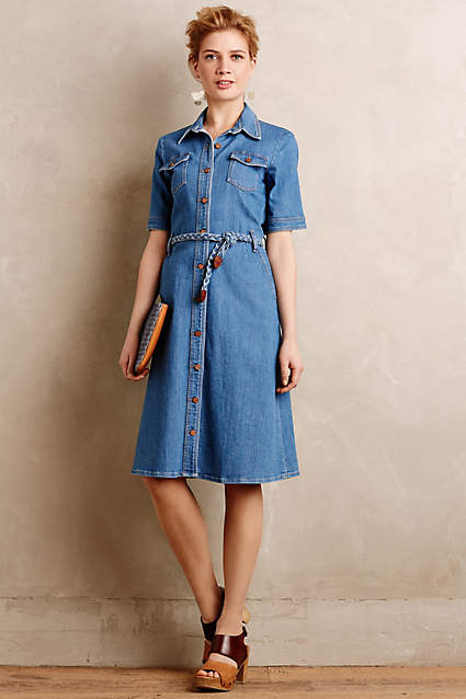 b90ffbf1131 Going to a summer brunch with the boyfriend s parents  This  70s-styled denim  dress is the perfect outfit for that occasion.