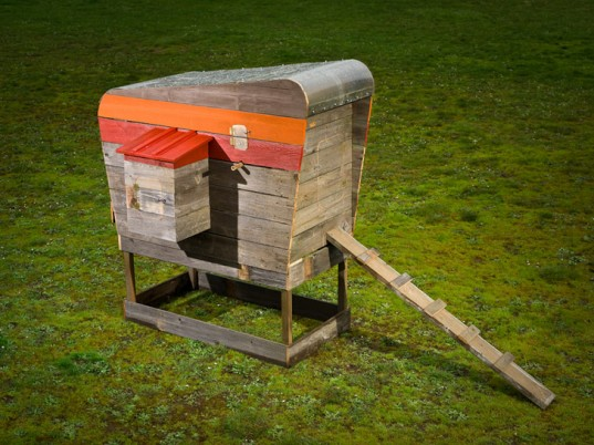 Designer John Wright S Modern Coop Is A Stylish Hen House